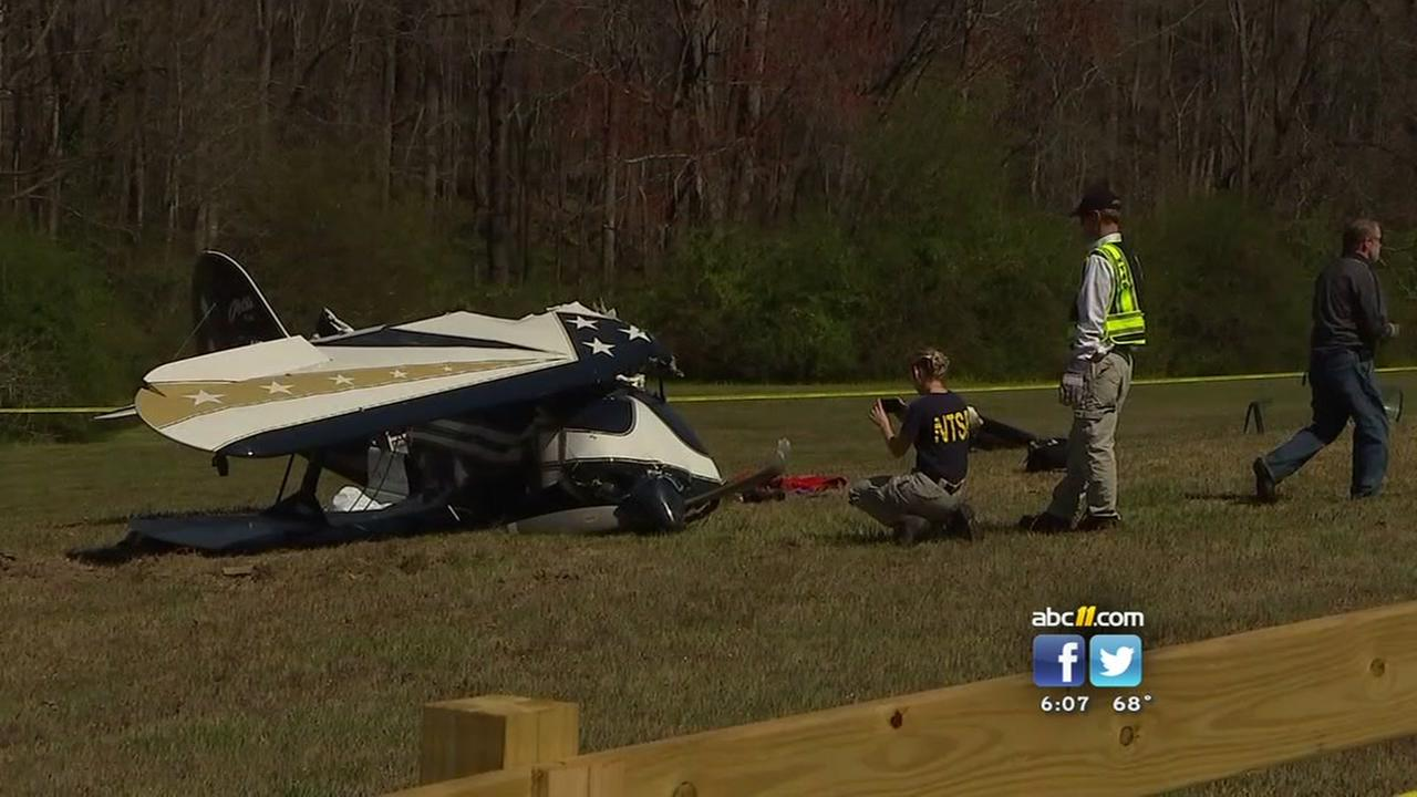 Pilot dies in small plane crash in Apex