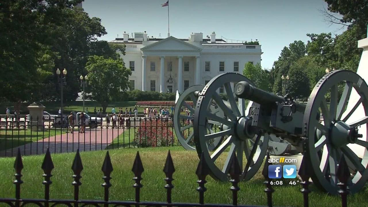 Man scales White House fence