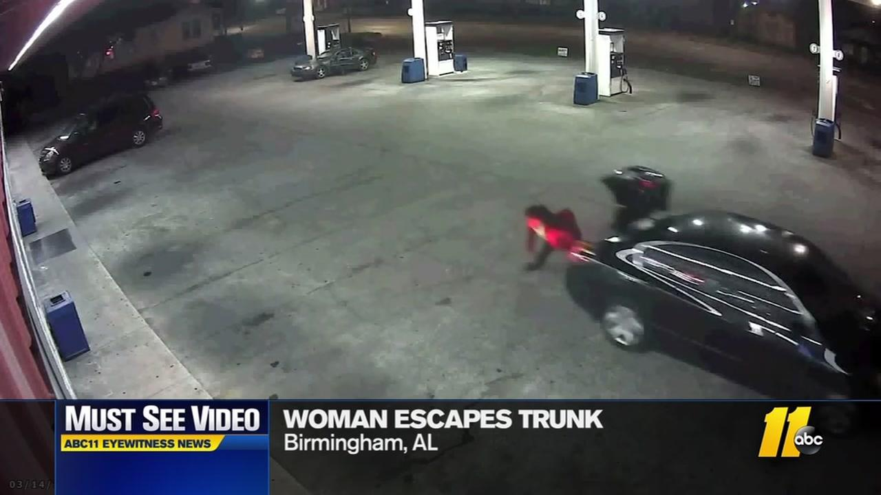 MUST-SEE: Woman escapes alleged kidnapping by jumping out of trunk