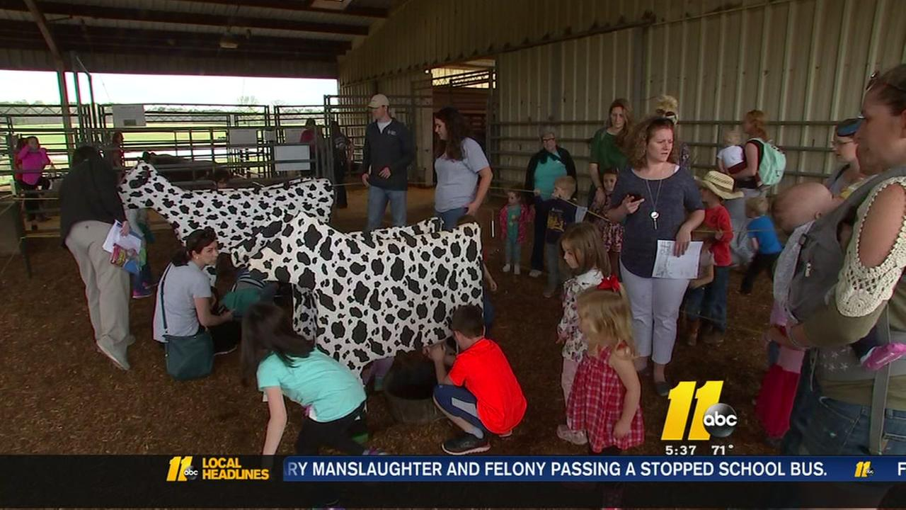 Kids learn about farming at NC State