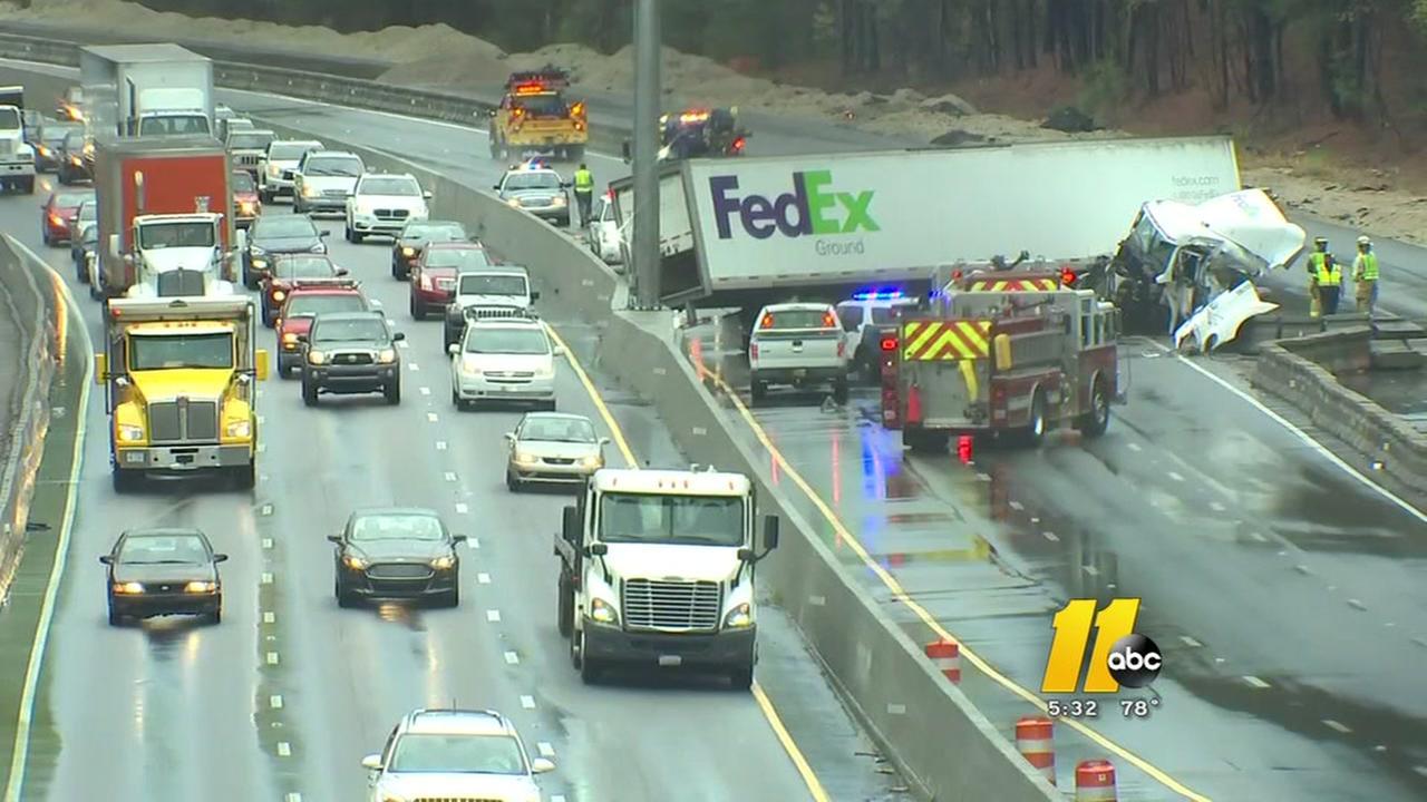 FedEx truck blocks I-40