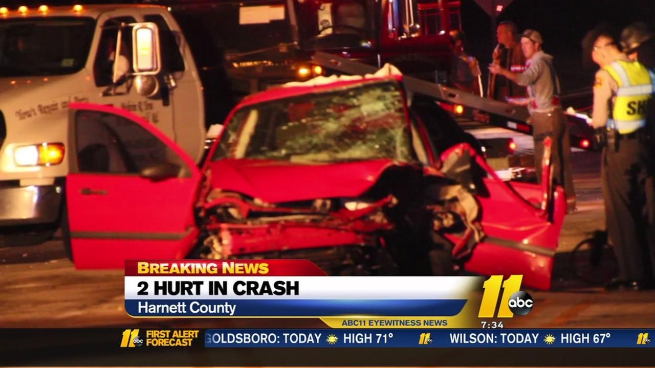 2 hurt in crash on 210