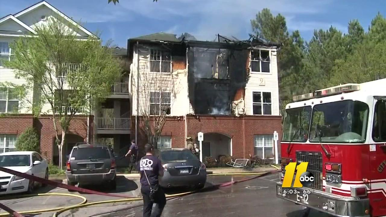 Fire crews battle Durham apartment complex fire, residents displaced
