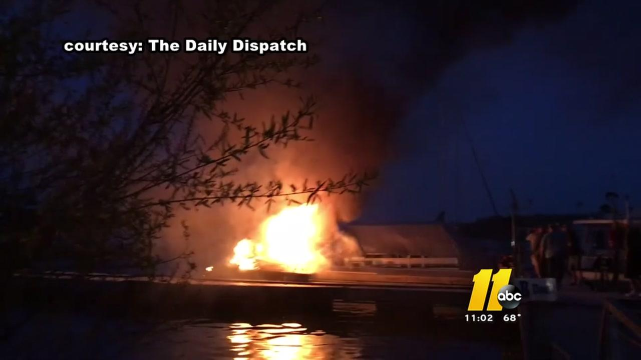 Boats burned in Kerr Lake marina fire