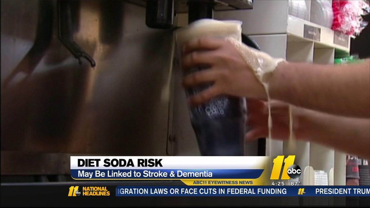 Study says diet sodas may raise risks of stroke, dementia