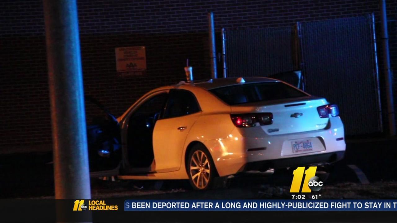 1 killed in Fayetteville wreck