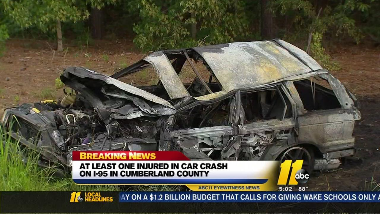 At least one injured in car crash on I-95 in Cumberland County