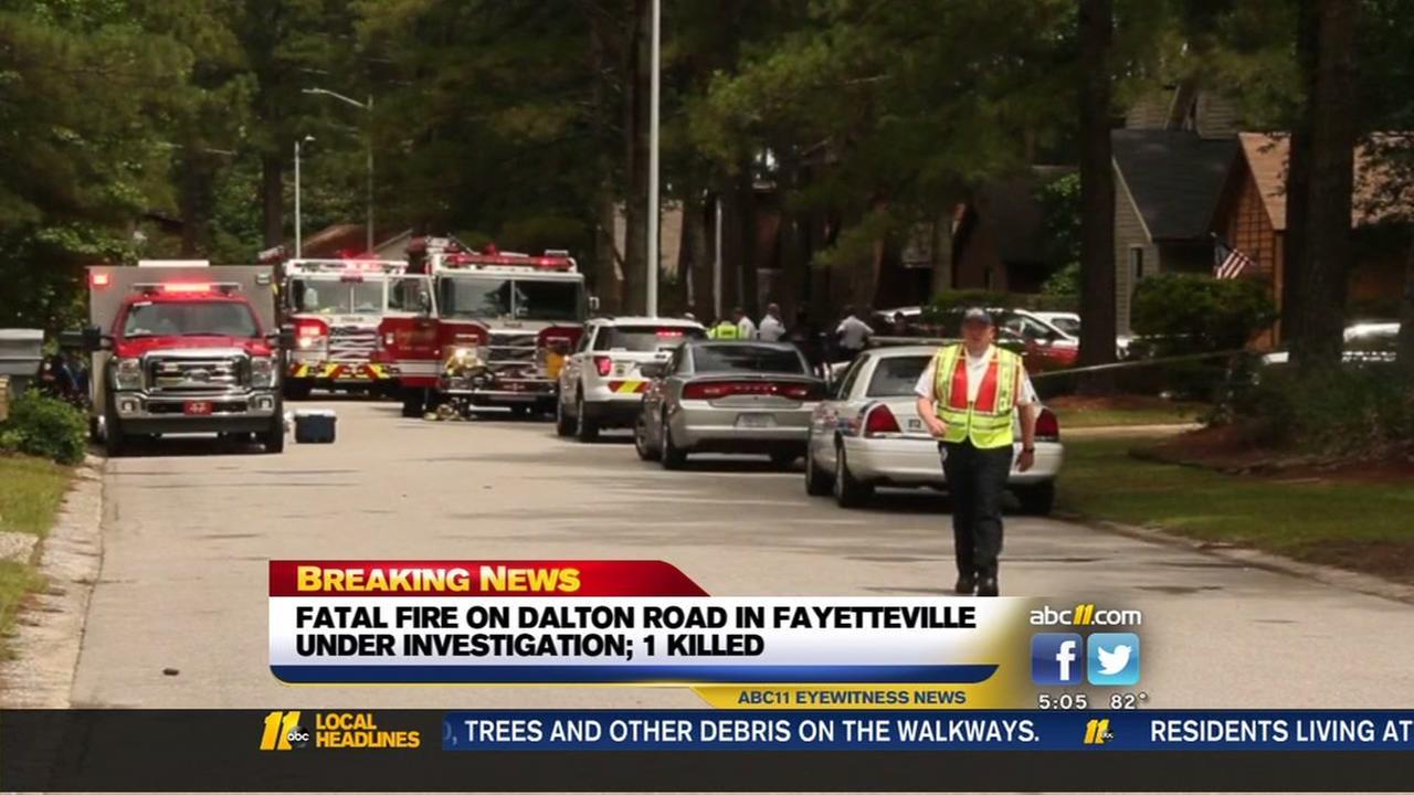 One person dead in Fayetteville house fire