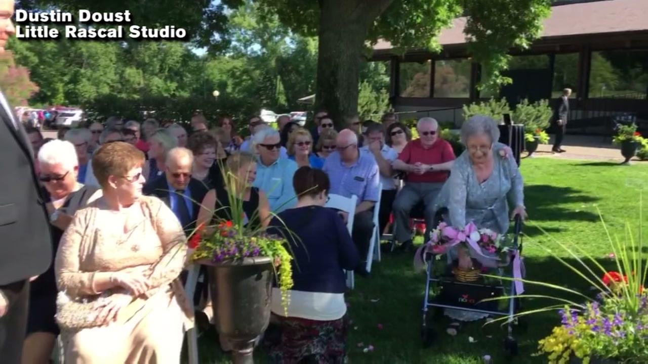 Flower girl, 92, steals spotlight at granddaughters wedding