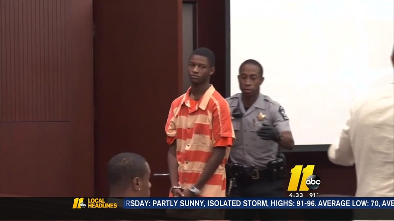 Teen charged in July 4th shooting accused of escape attempt