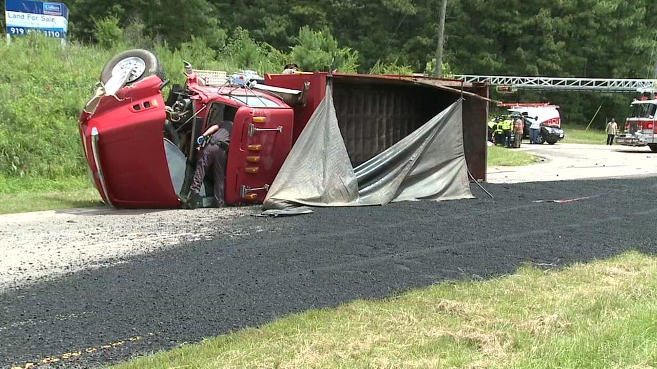 Truck spills asphalt, closes US 70, Lee Road in Durham