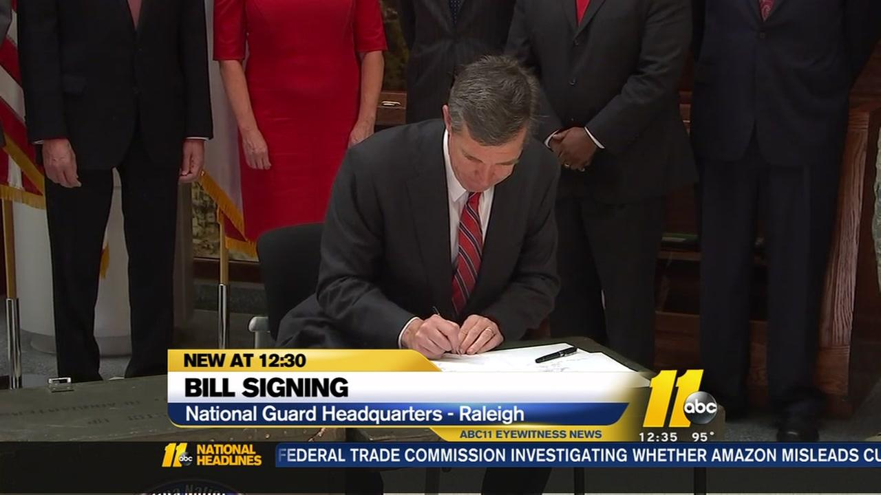 Gov. signs National Guard bill