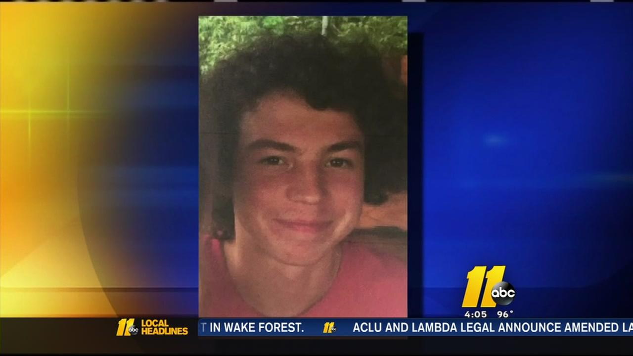 Search for missing teen in Pittsboro