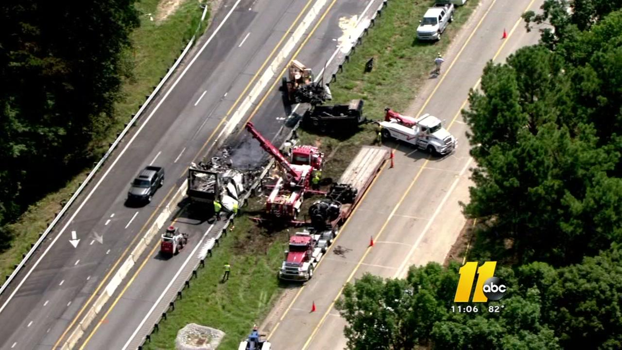 Deadly crash closed stretch of I-85