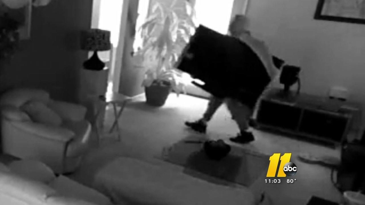 Thieves break in, steal from Durham home
