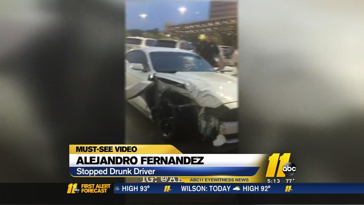 Suspected drunk driver pulled from damaged car in citizens arrest