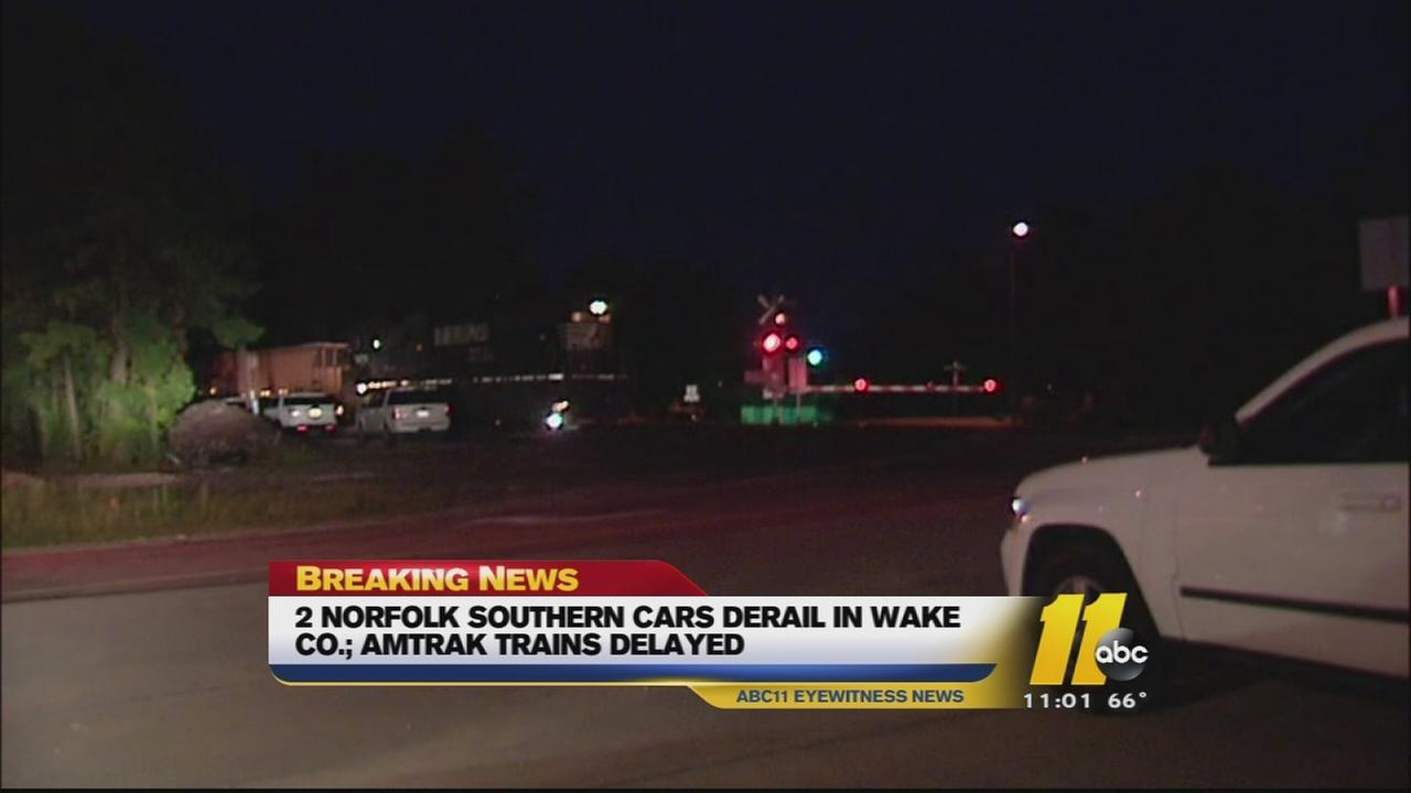 2 freight train cars derail near Morrisville
