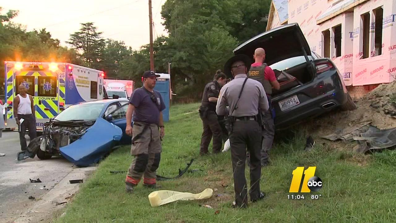 Pregnant woman escapes serious injury in wild chase, crash