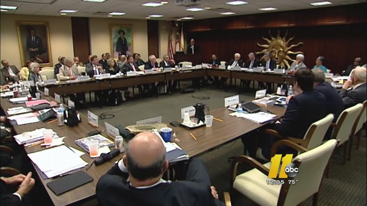 UNC Board of Governors votes to cap tuition increases