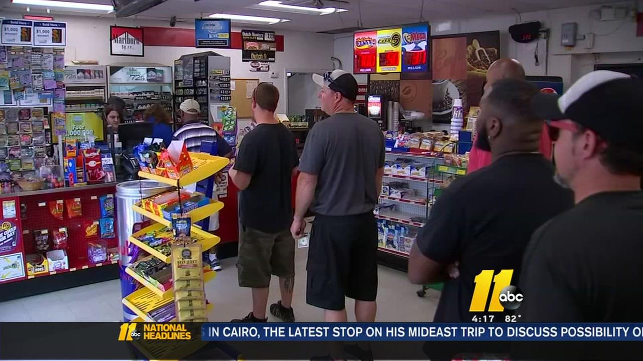 Powerball fever builds as drawing nears