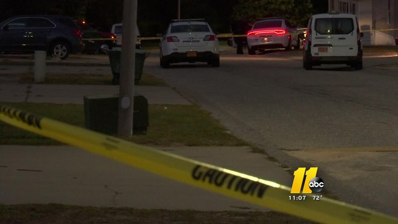 One dead, one wounded in Fayetteville shooting