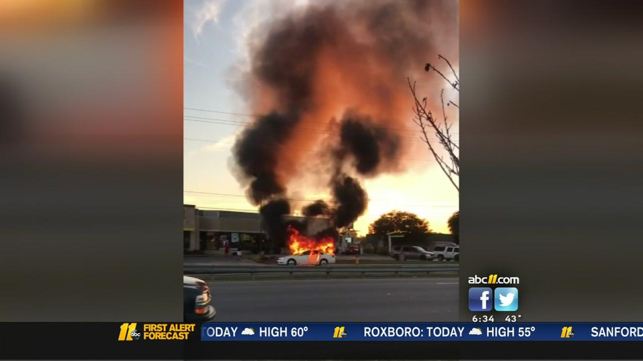 Gunshots heard during Fayetteville car fire