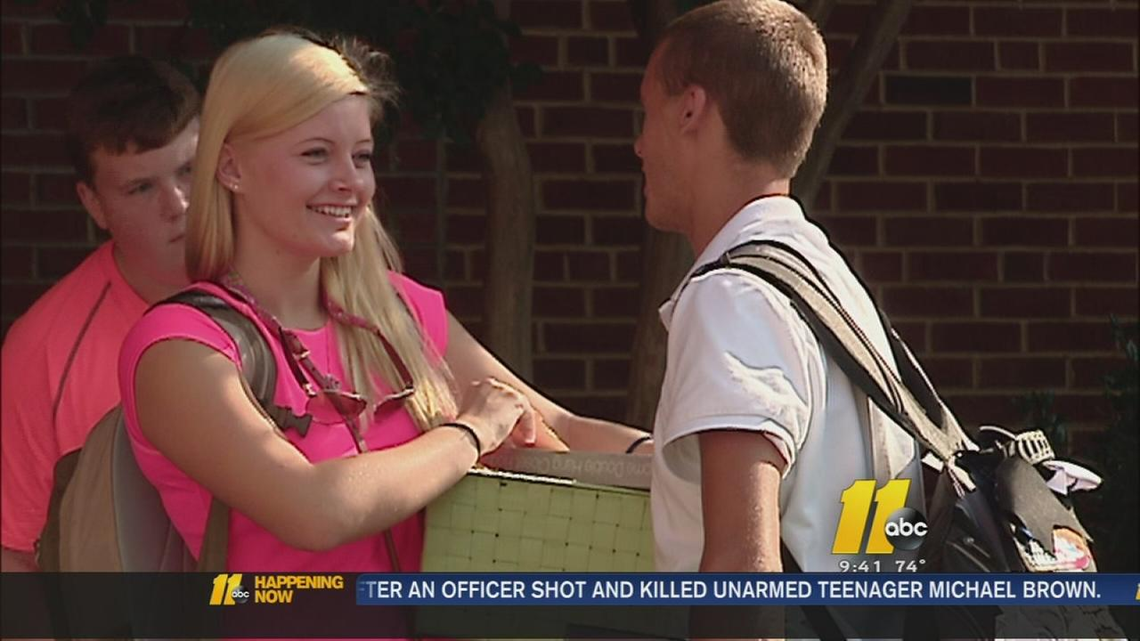 Excitement, nerves all part of Move-In-Day at UNC