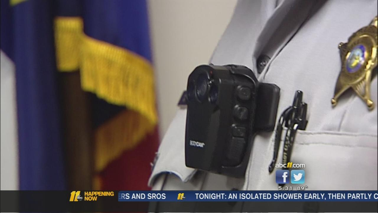Some local deputies now wearing body cams