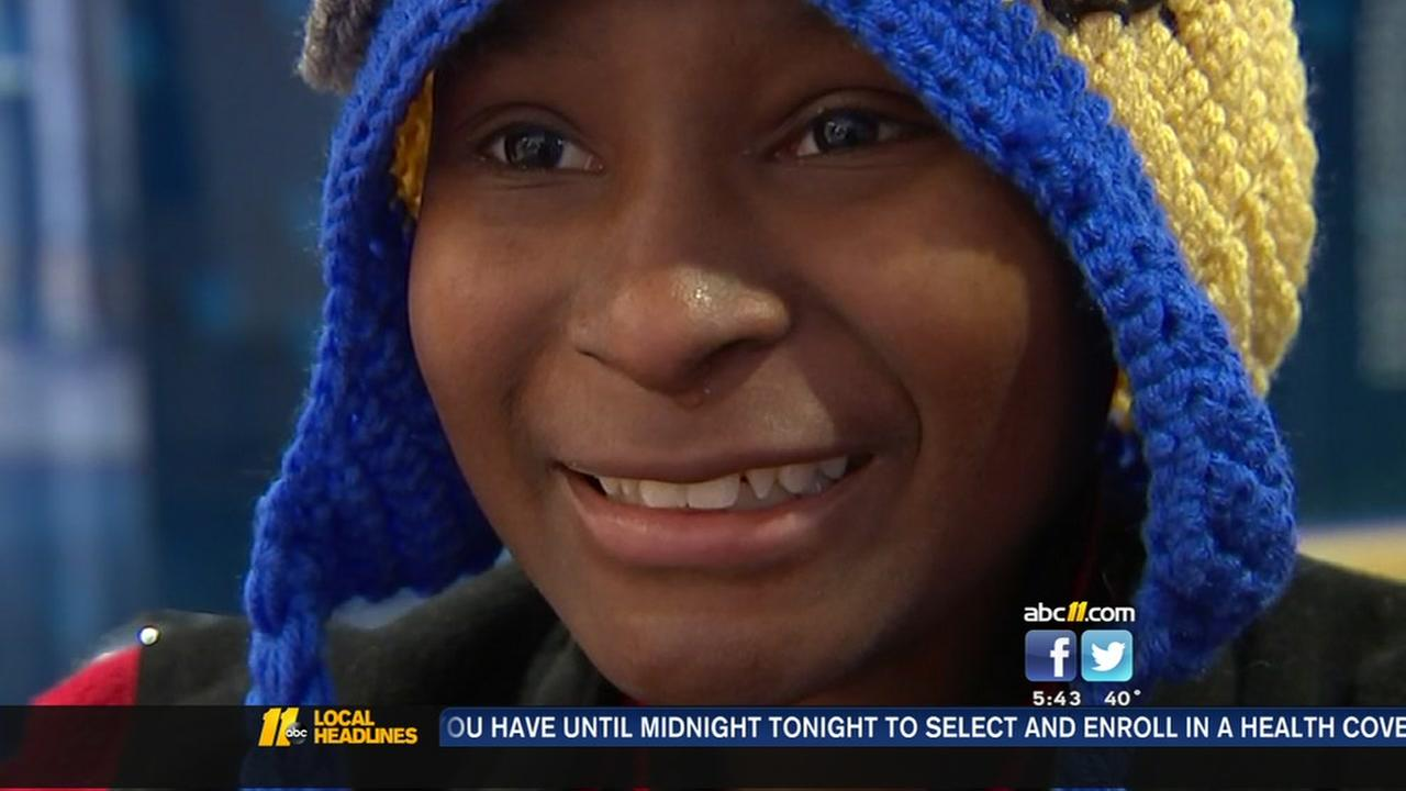 Family comes together to bring Christmas cheer to kids with cancer