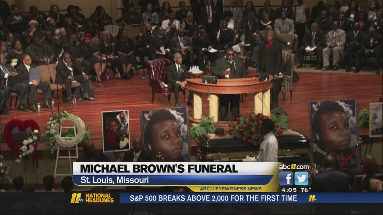 Celebrities, civil rights leaders at Michael Brown funeral