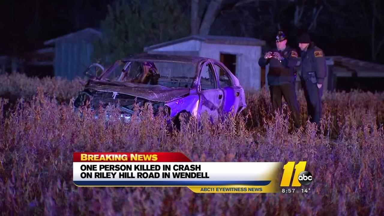 1 killed, 1 injured after car crashes, catches fire in Wake County