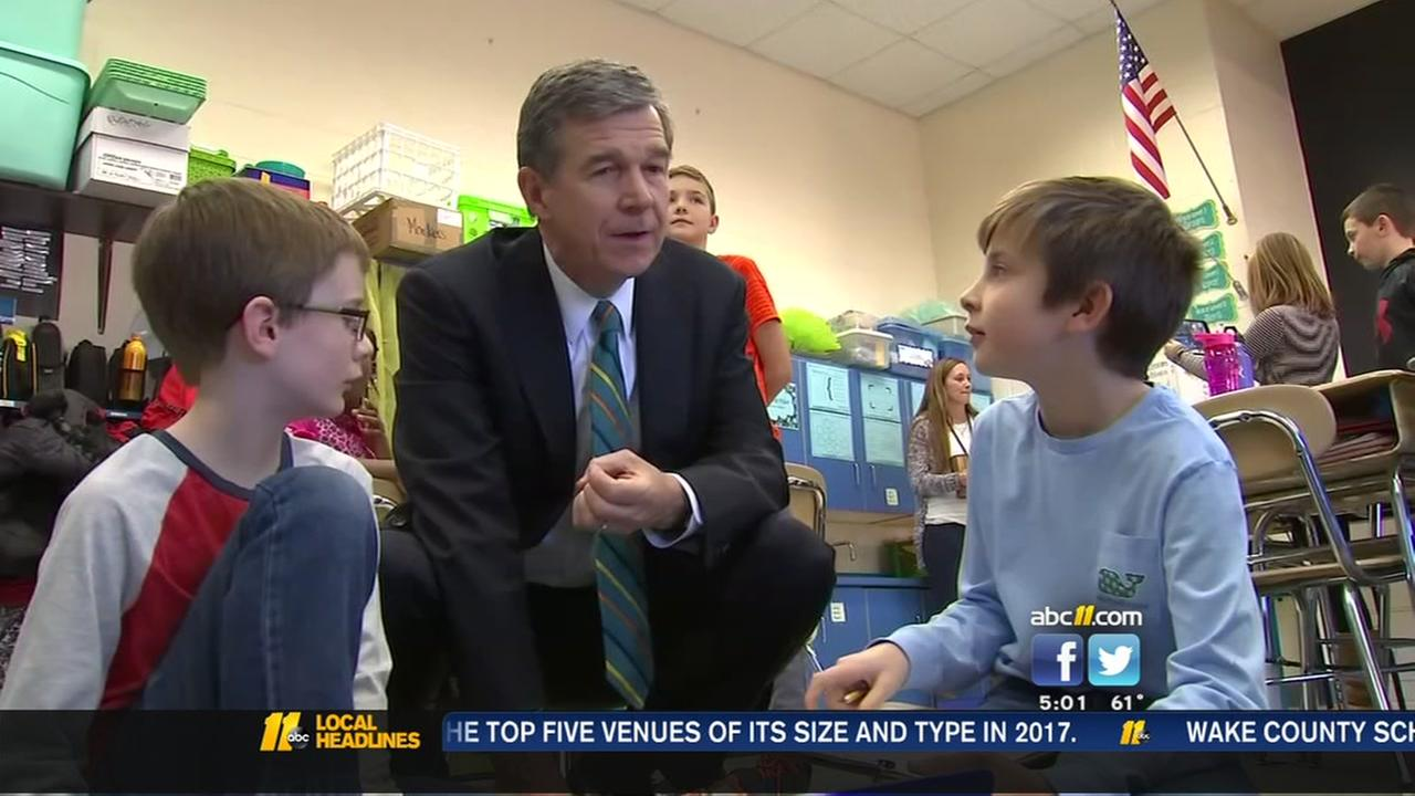 Governor tours elementary school