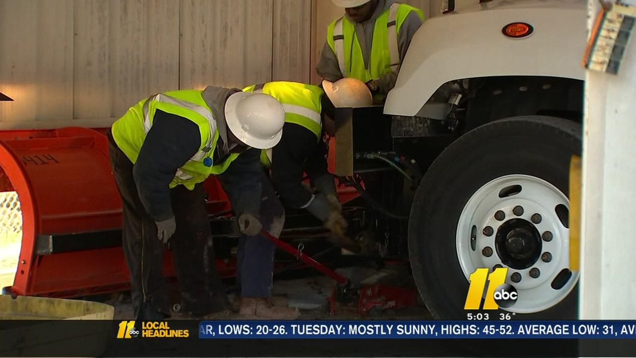 Crews prep for road brining
