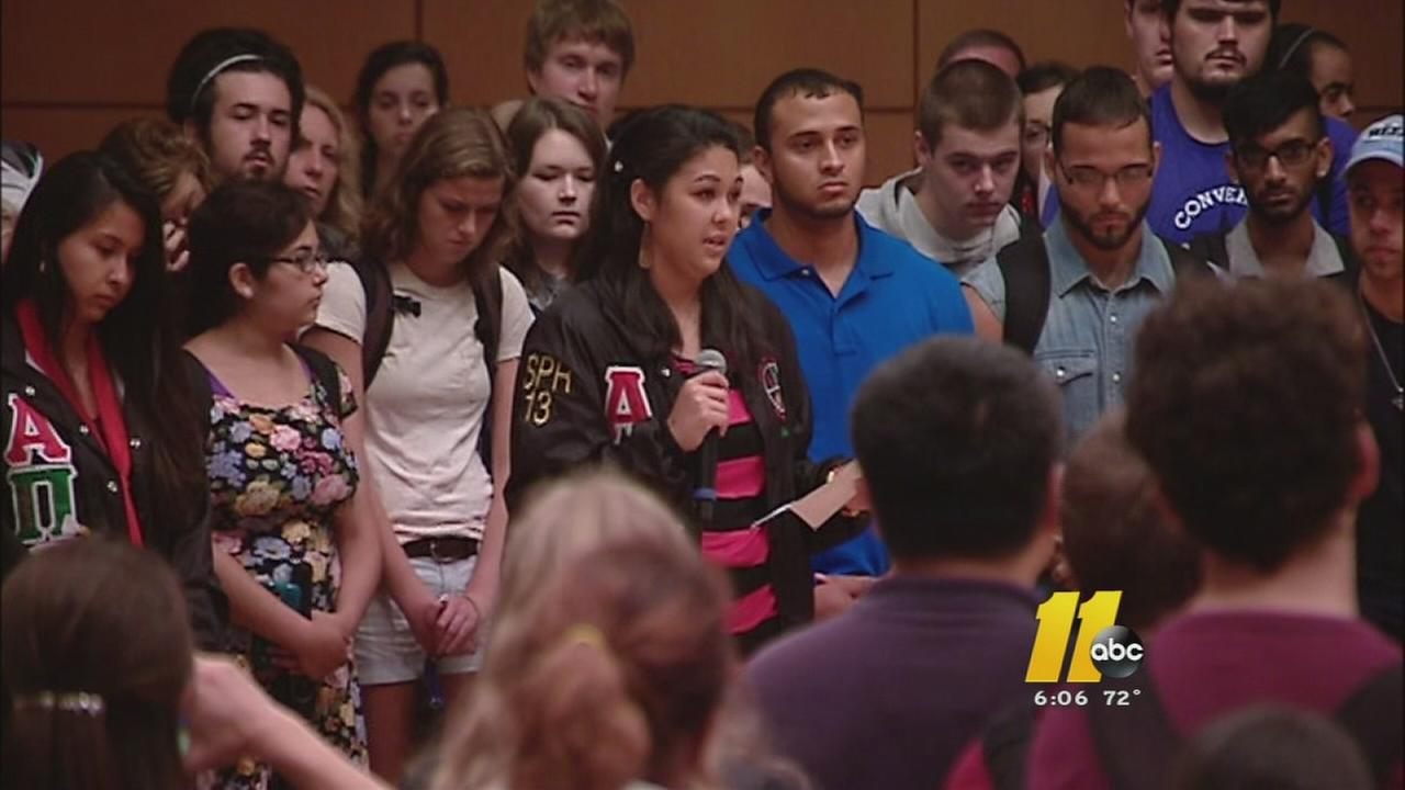 UNC holds moment of silence for Faith Hedgepeth