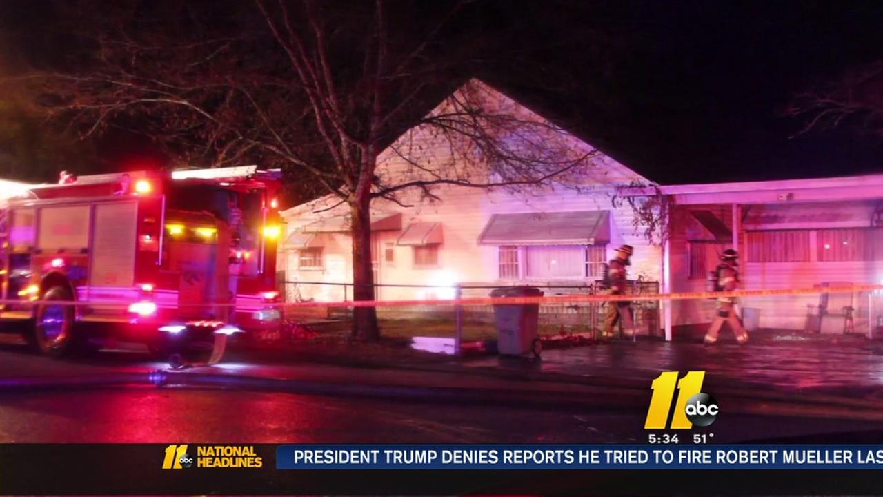 1 killed in Fayetteville house fire