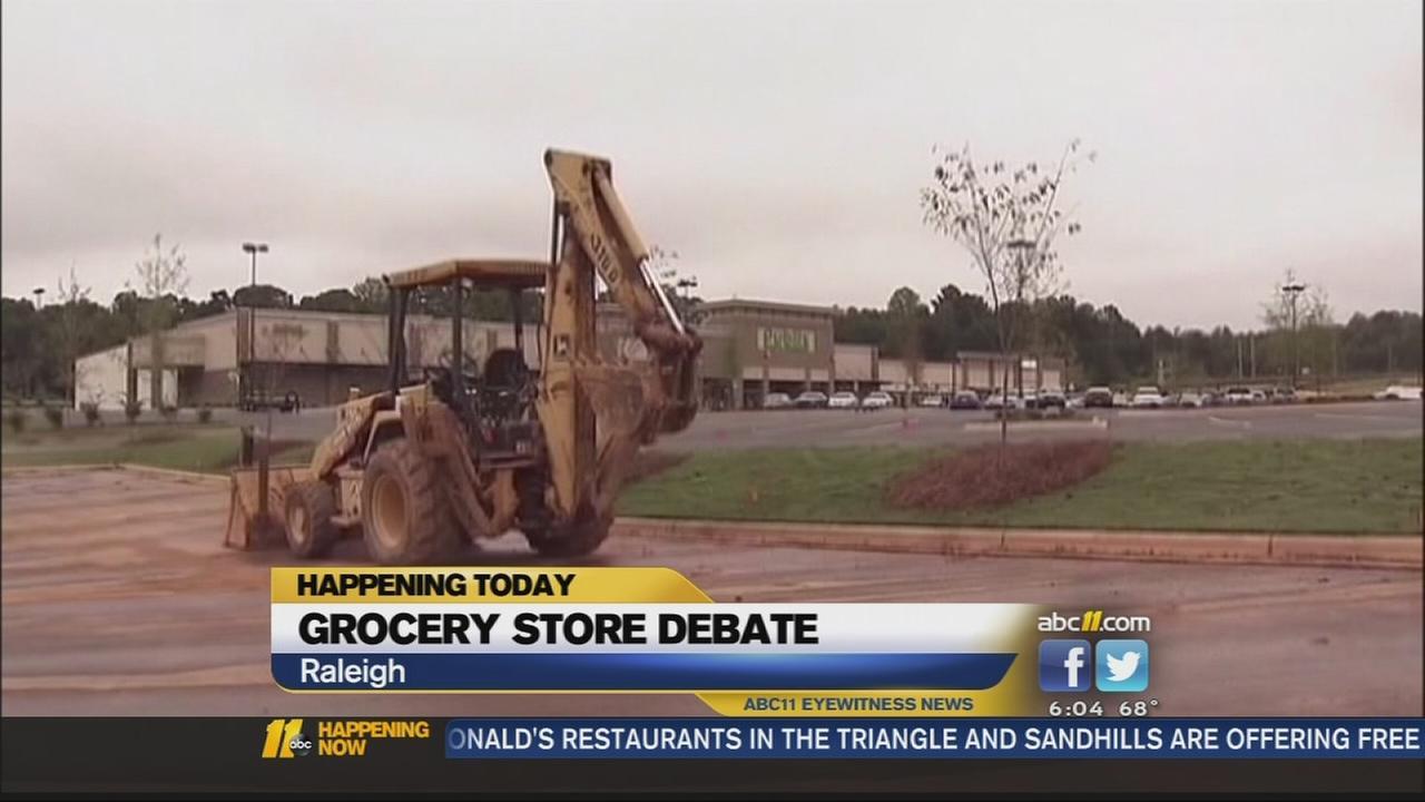 Grocery store debate