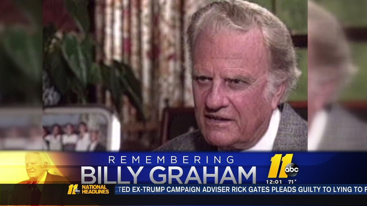 Evangelist Billy Graham dies at age 99; reached millions