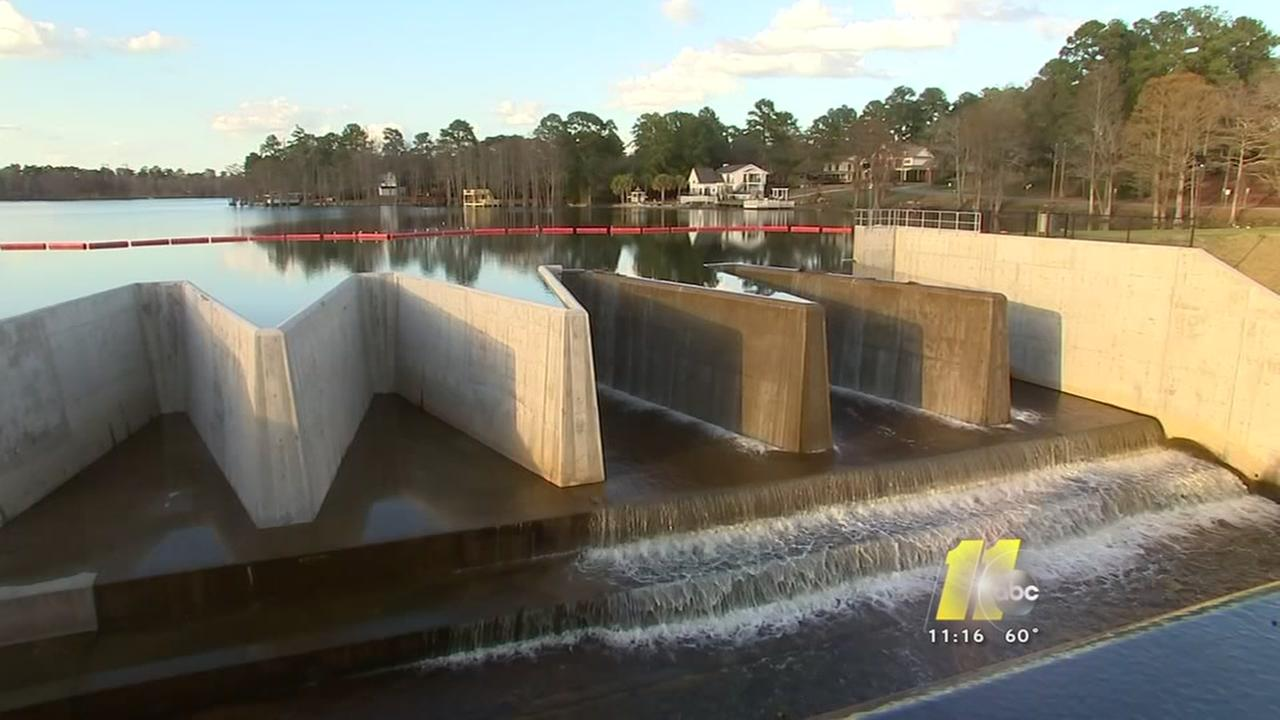 Hope Mills issues warning on dam