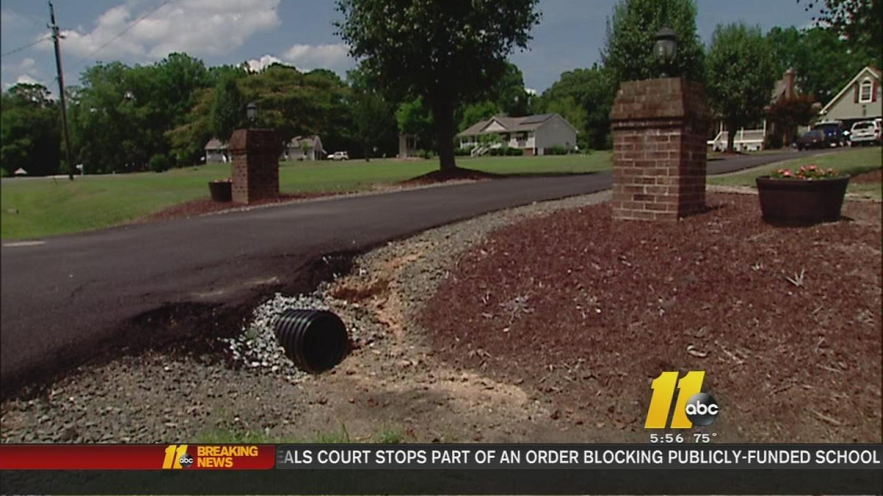 Troubleshooter helps homeowners with paving problems