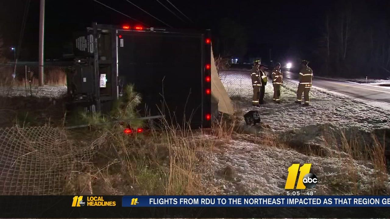 Brief snow blamed for lots of wrecks across the Triangle