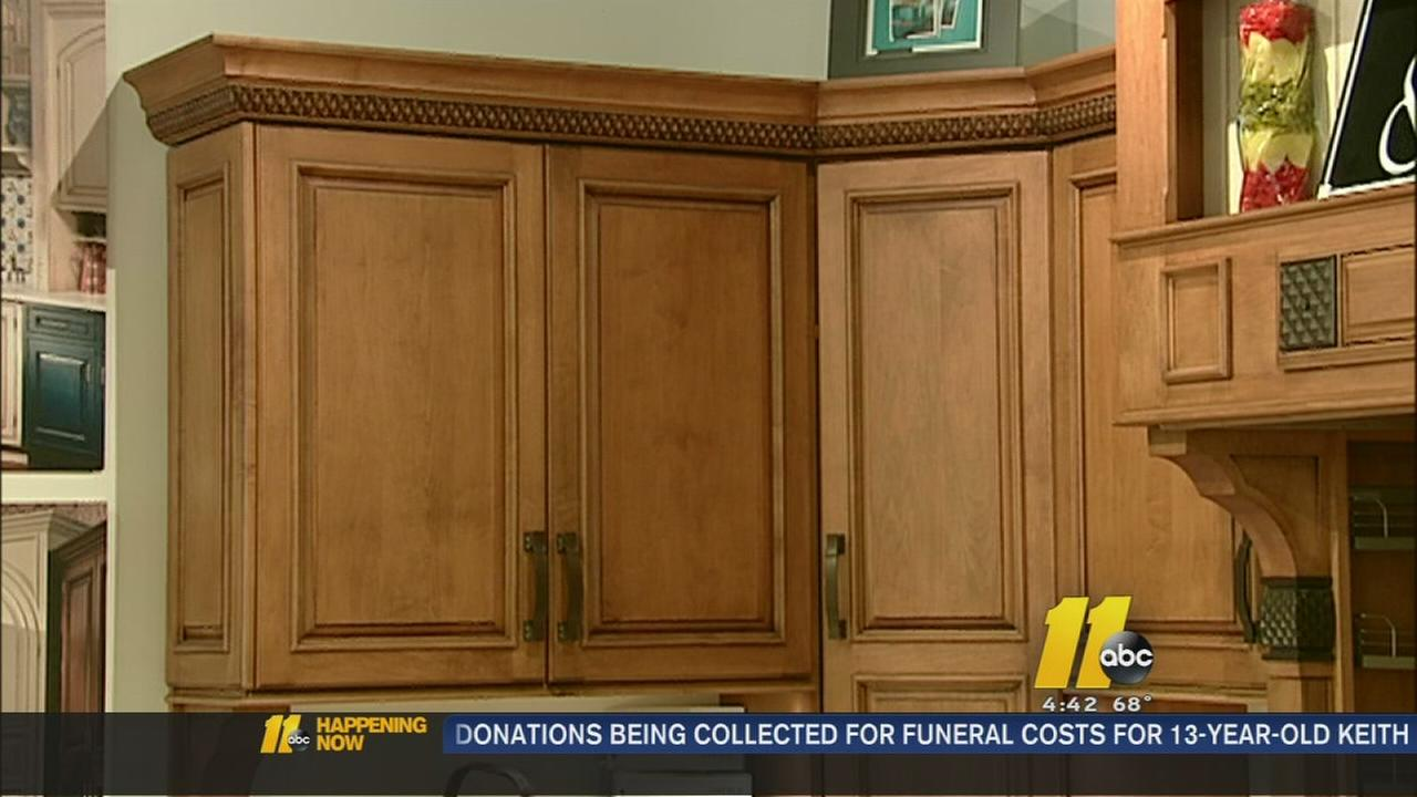 How to save on cabinet remodeling