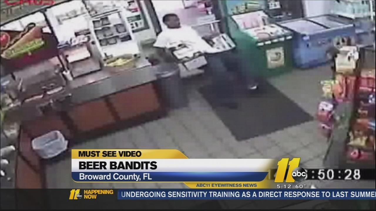 Must See Videos: Bumbling robbers