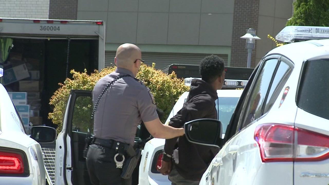 2 armed men arrested after altercation at Northgate Mall