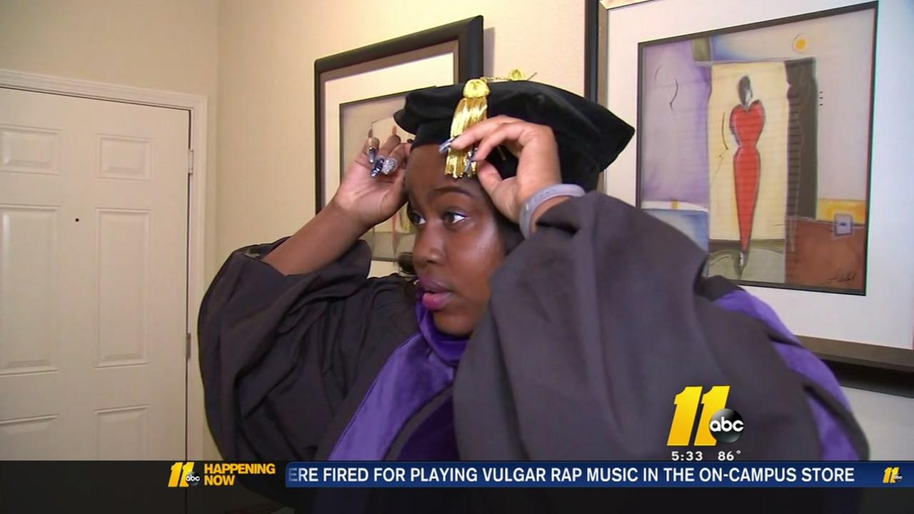 Woman battling kidney disease graduates from law school