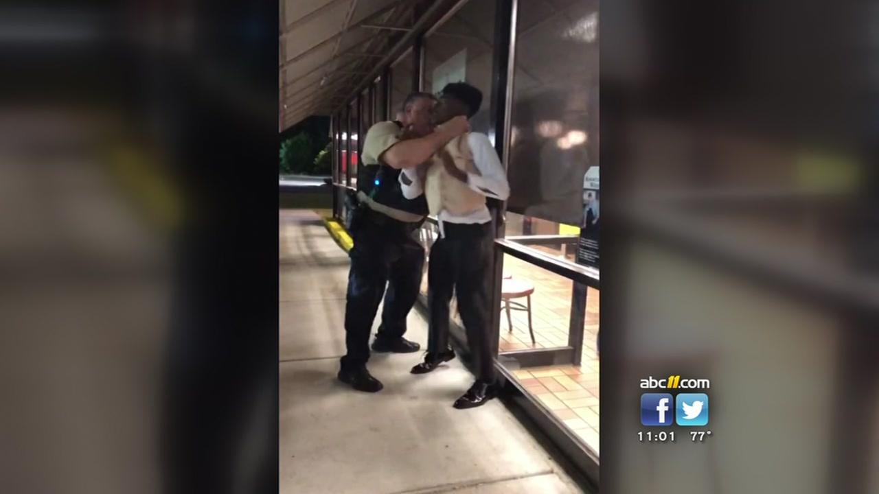 Waffle House choking incident garners national attention