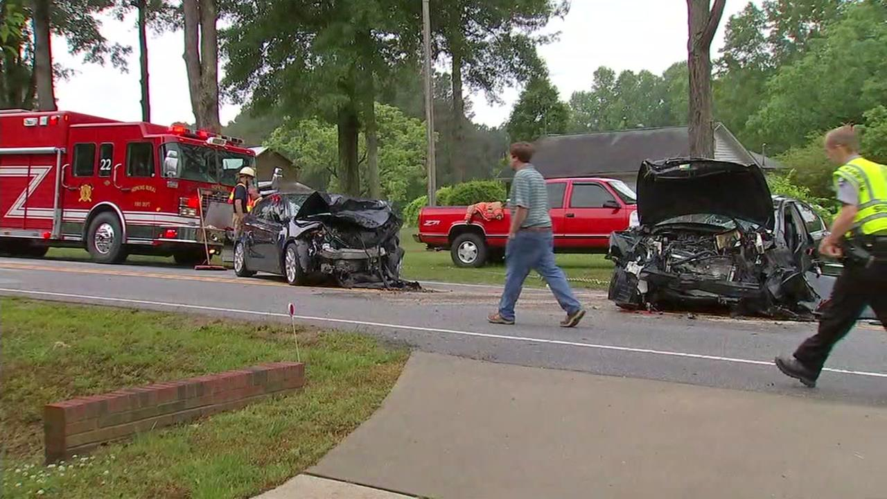 Head-on crash causes delays on Highway 96 near Zebulon