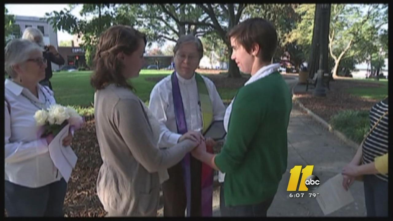 Same-sex couples marry Monday in Durham and Cumberland counties