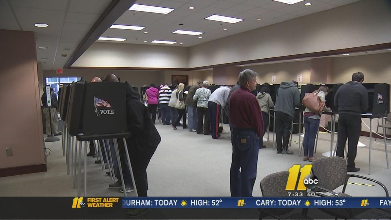 Voters wait in long lines on last day of early voting