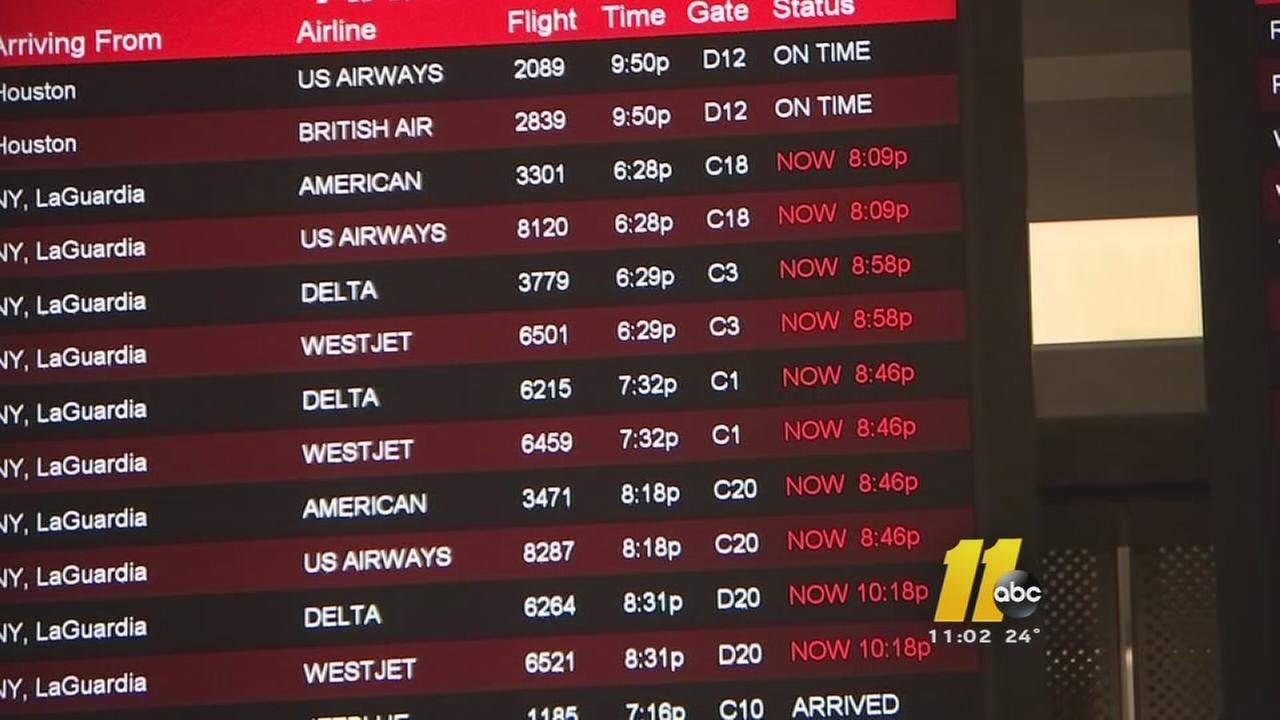 Snow leads to flight delays, cancellations at RDU