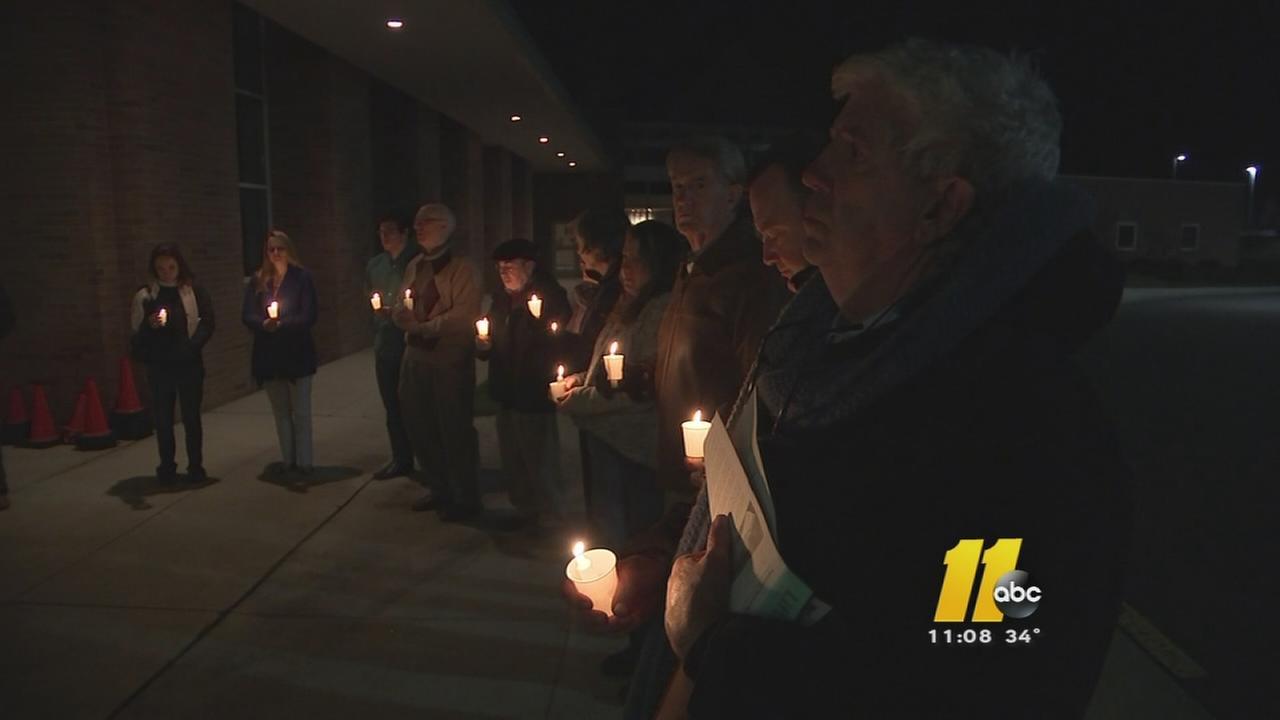Durham vigil brings attention to gun violence